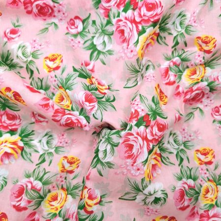AVAILABLE IN BLACK /& YELLOW SMALL FLORAL DESIGN PRINTED POLYCOTTON FABRIC